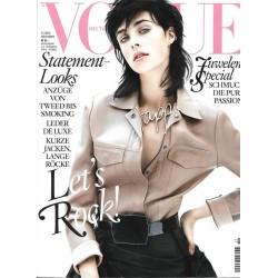 Vogue 11/November 2013 - Edie Campbells
