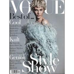 Vogue 4/April 2015 - Aymeline Valade Style Show