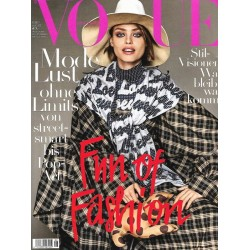 Vogue 8/August 2017 - Anna Cleveland Fun of Fashion